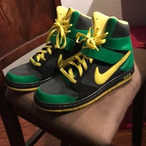 Mike Air Force 1 oregon duck color way